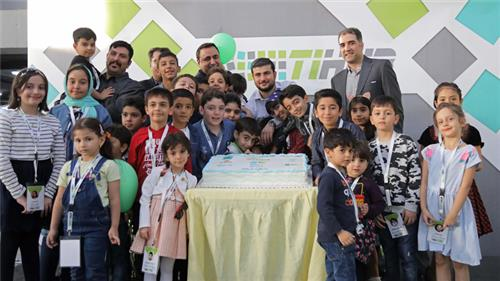 دورهمی روز جهانی پست با حضور کودکان خانواده شرکتهای هلدینگ فاخر