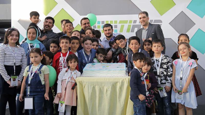 اخبار و رویدادها-دورهمی روز جهانی پست با حضور کودکان خانواده شرکتهای هلدینگ فاخر